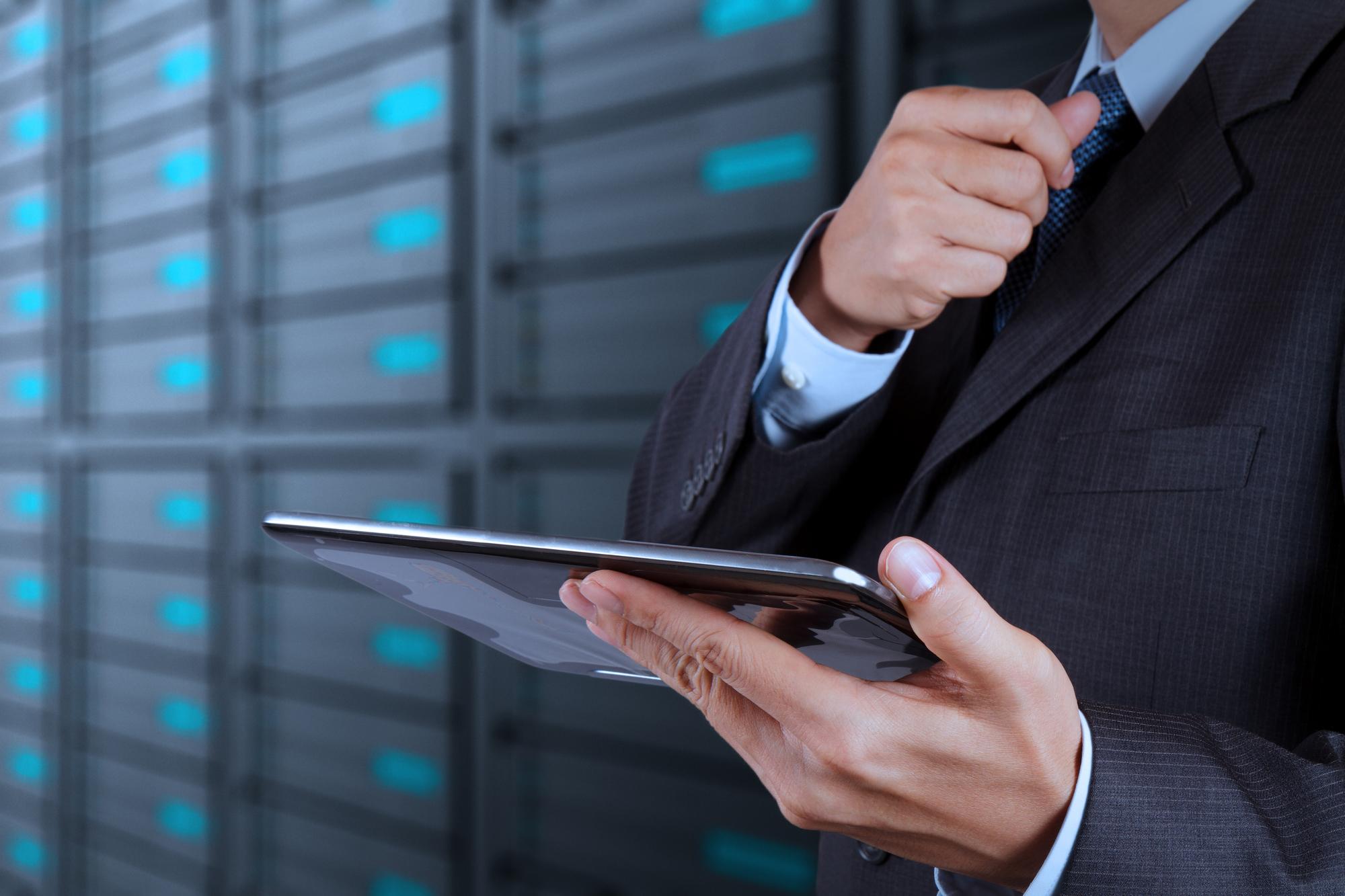 Cree los modelos del servicio de manera rápida y automatizada con la HPE Universal CMDB