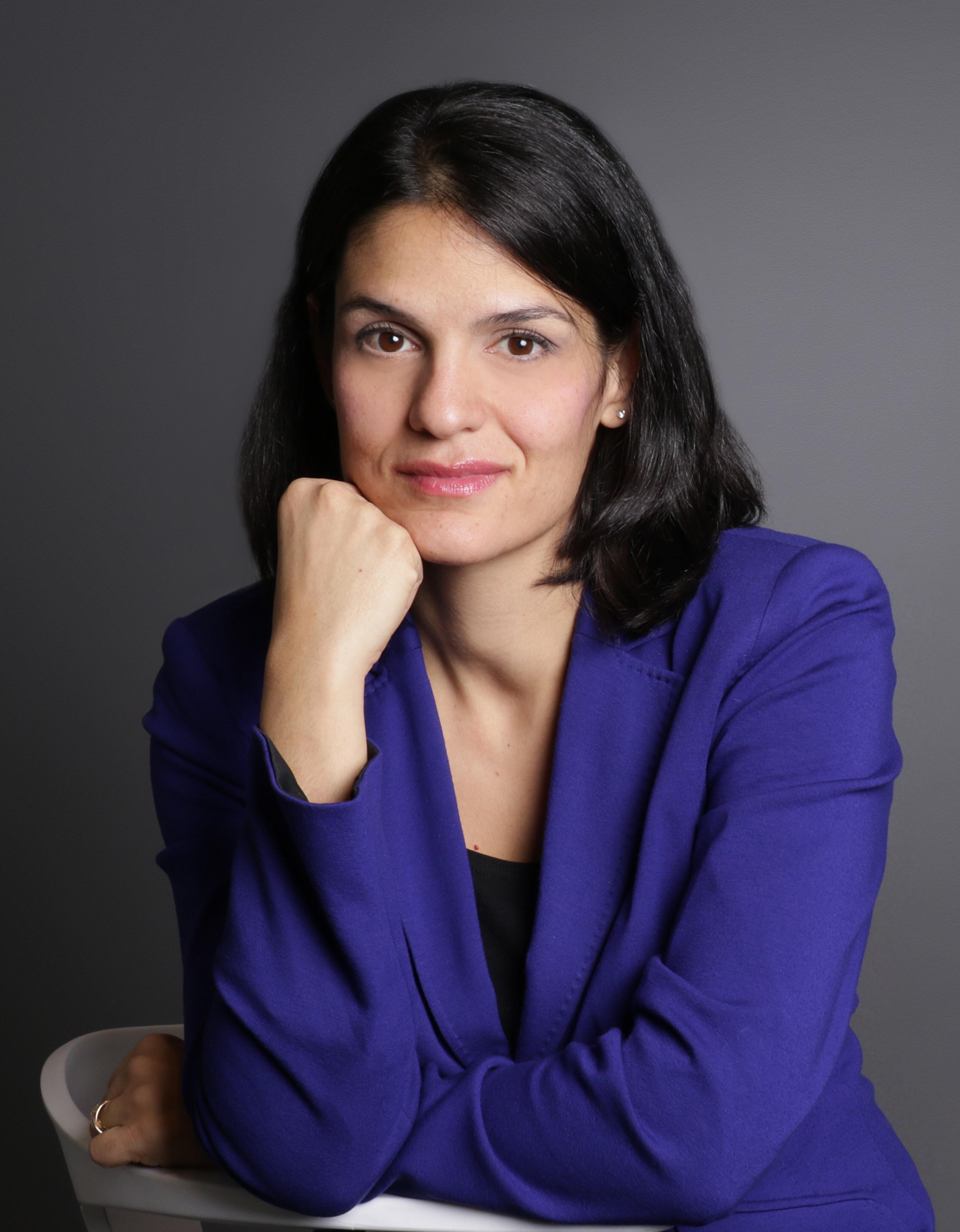 Me Sandra Davar,MDFRCPC