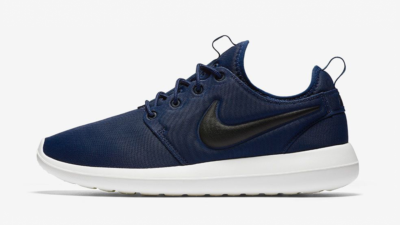 cheap for discount ede01 bfd26 Nike Roshe Two - Navy   Black   White