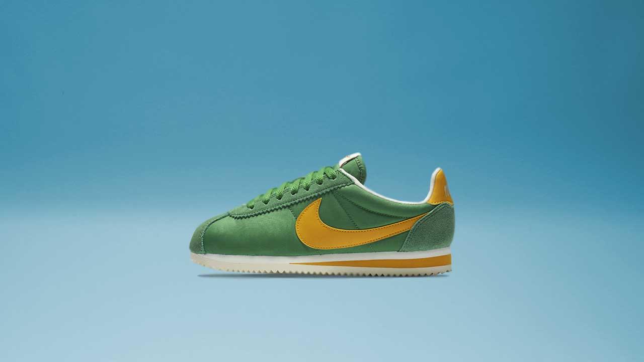 low priced 50dc4 39124 Women s Nike Classic Cortez Nylon (Classic Green   Yellow Ochre)