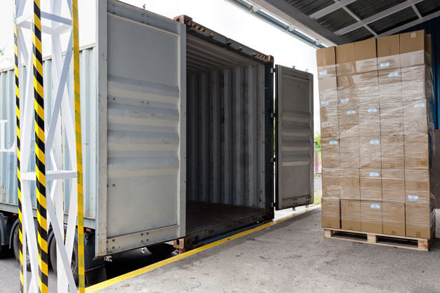 Pallet loading container
