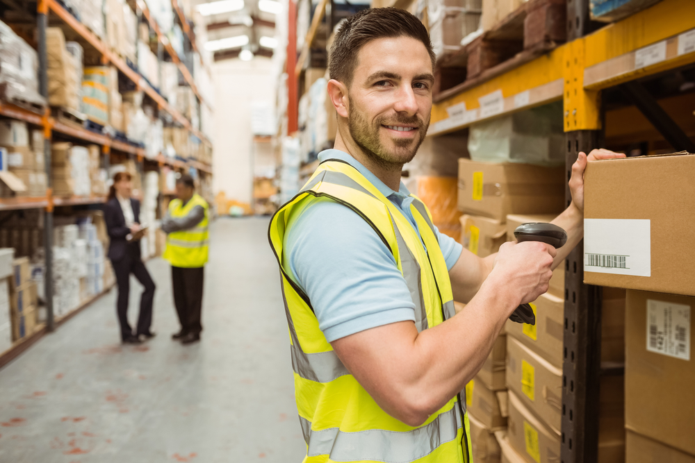 Warehouse employeewith products