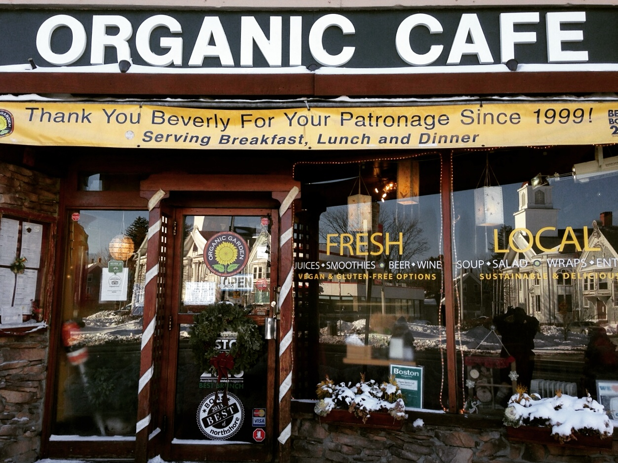 Organic Garden Cafe, Catering and Raw Food Chef