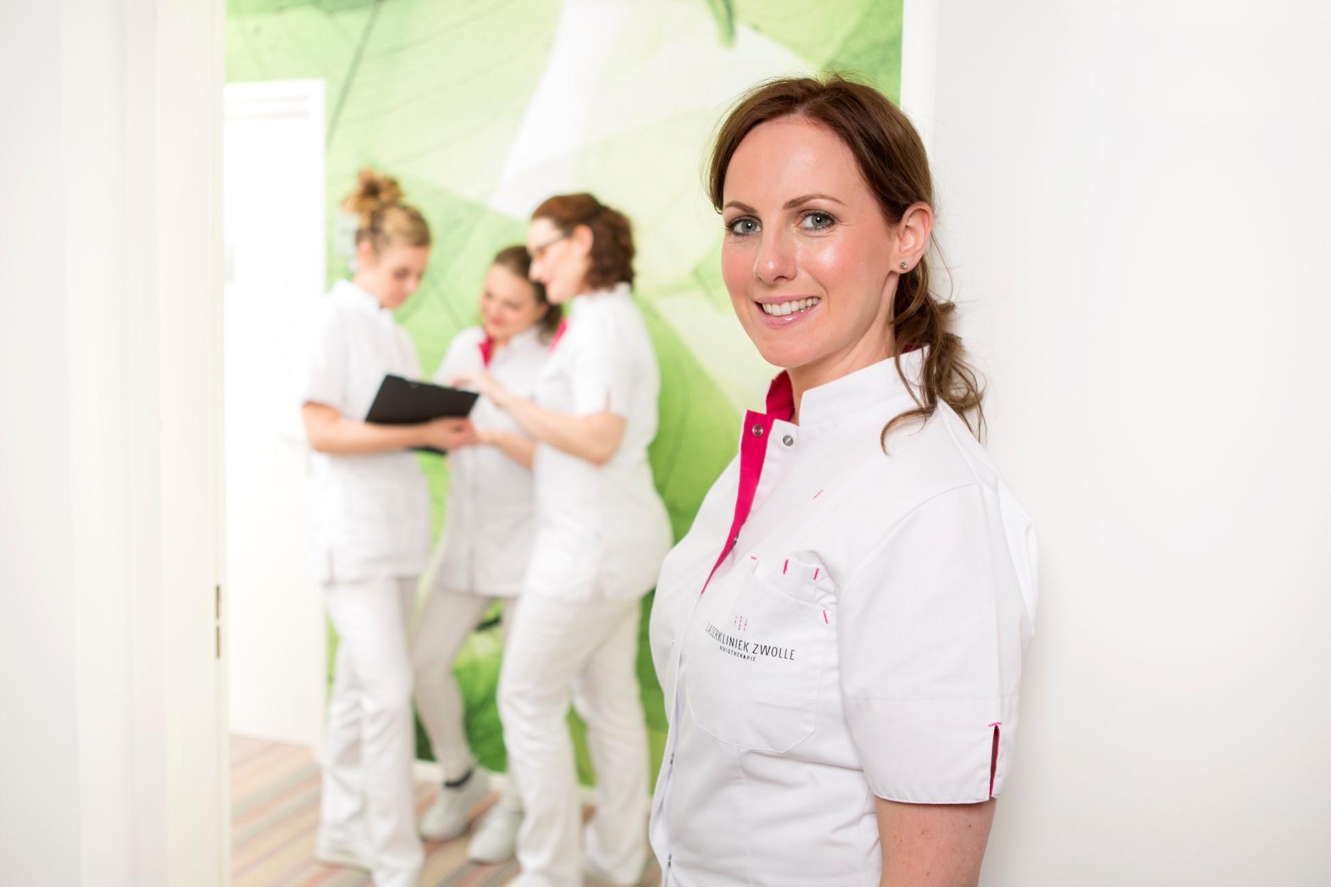 Vijf tips ter voorbereiding op het laserontharen bij ongewenste haargroei.