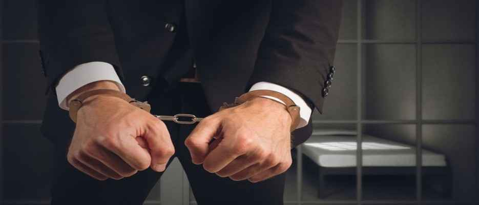 Want out of custody? Retain an experienced criminal defense law firm to help you in your criminal case in court.