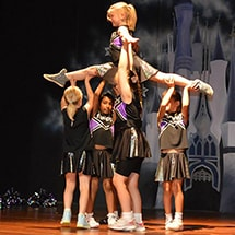 Cheerleading Class Lift