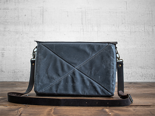 Uphill Designs - Appalachian select messenger bag - charcoal - back
