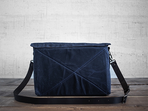 Uphill Designs - waxed canvas Appalachian messenger bag - oak - worn