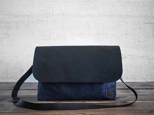 Uphill Designs - Appalachian select messenger bag - navy - front