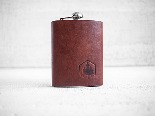 Uphill Designs - Bailey flask - English tan - small front