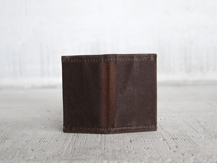 Uphill Designs - waxed canvas mono wallet - navy - closed