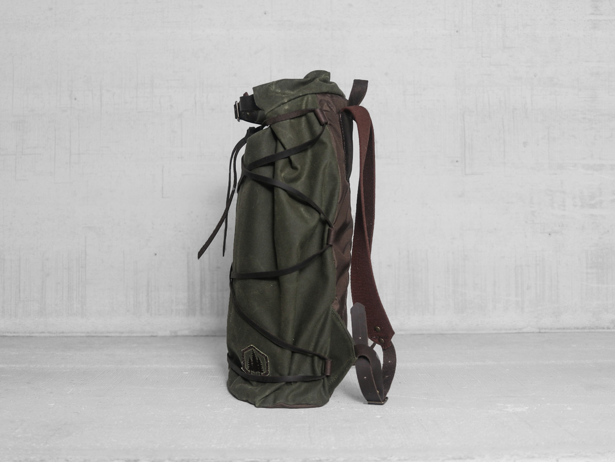 Uphill Designs - waxed canvas Divide rucksack - olive - side