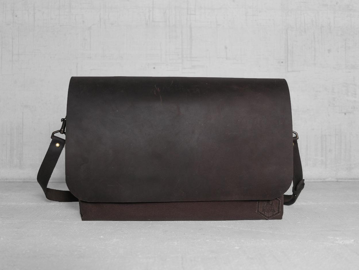 Uphill Designs - Appalachian select messenger bag - carob - front