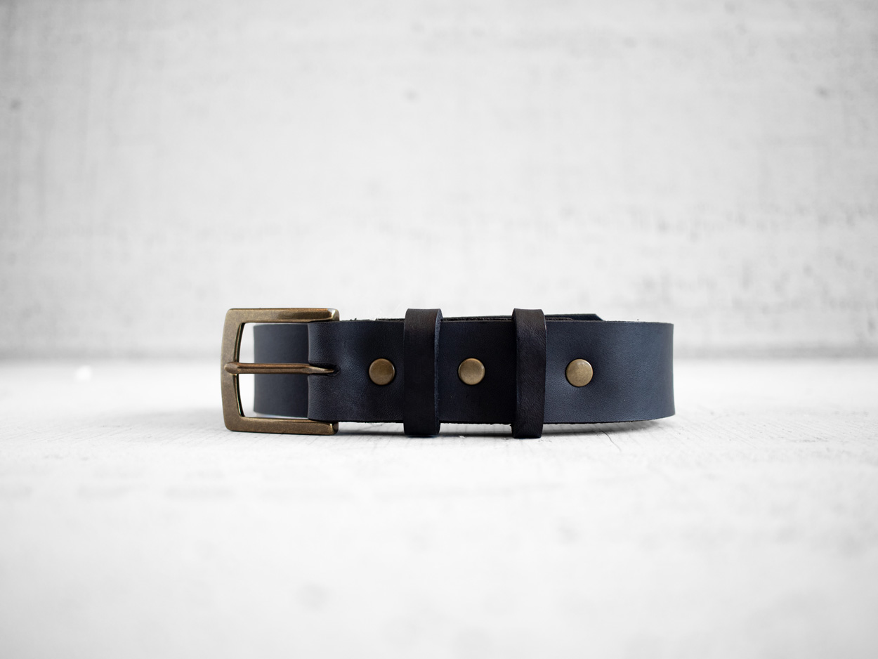 Uphill Designs - Chinle leather belt - black front