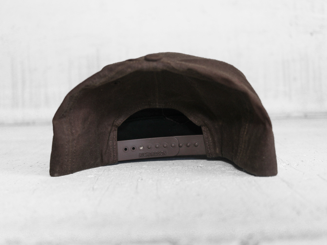 Uphill Designs - trucker hat - light grey - back
