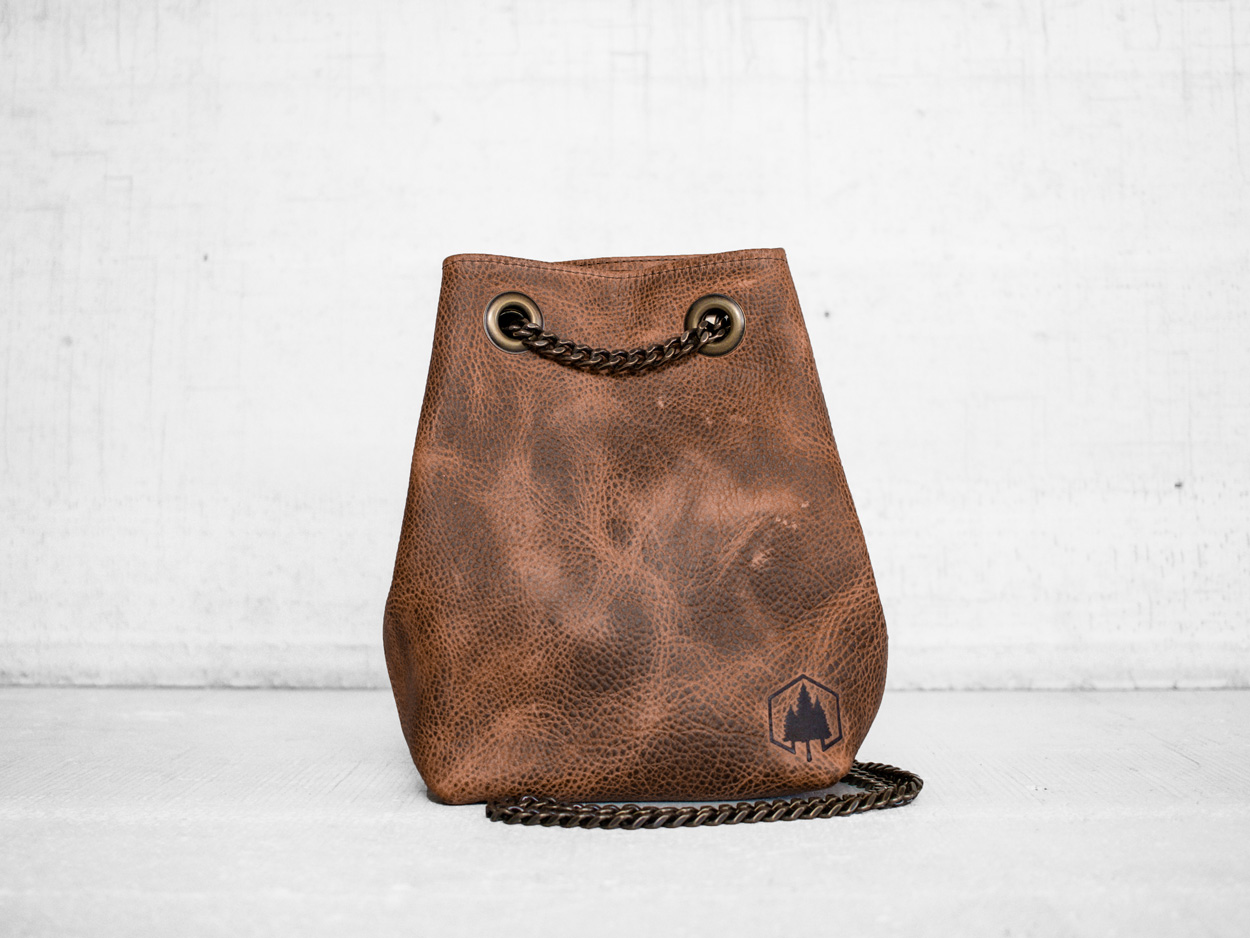 Uphill Designs - Covey leather bucket bag - caramel kodiak - front