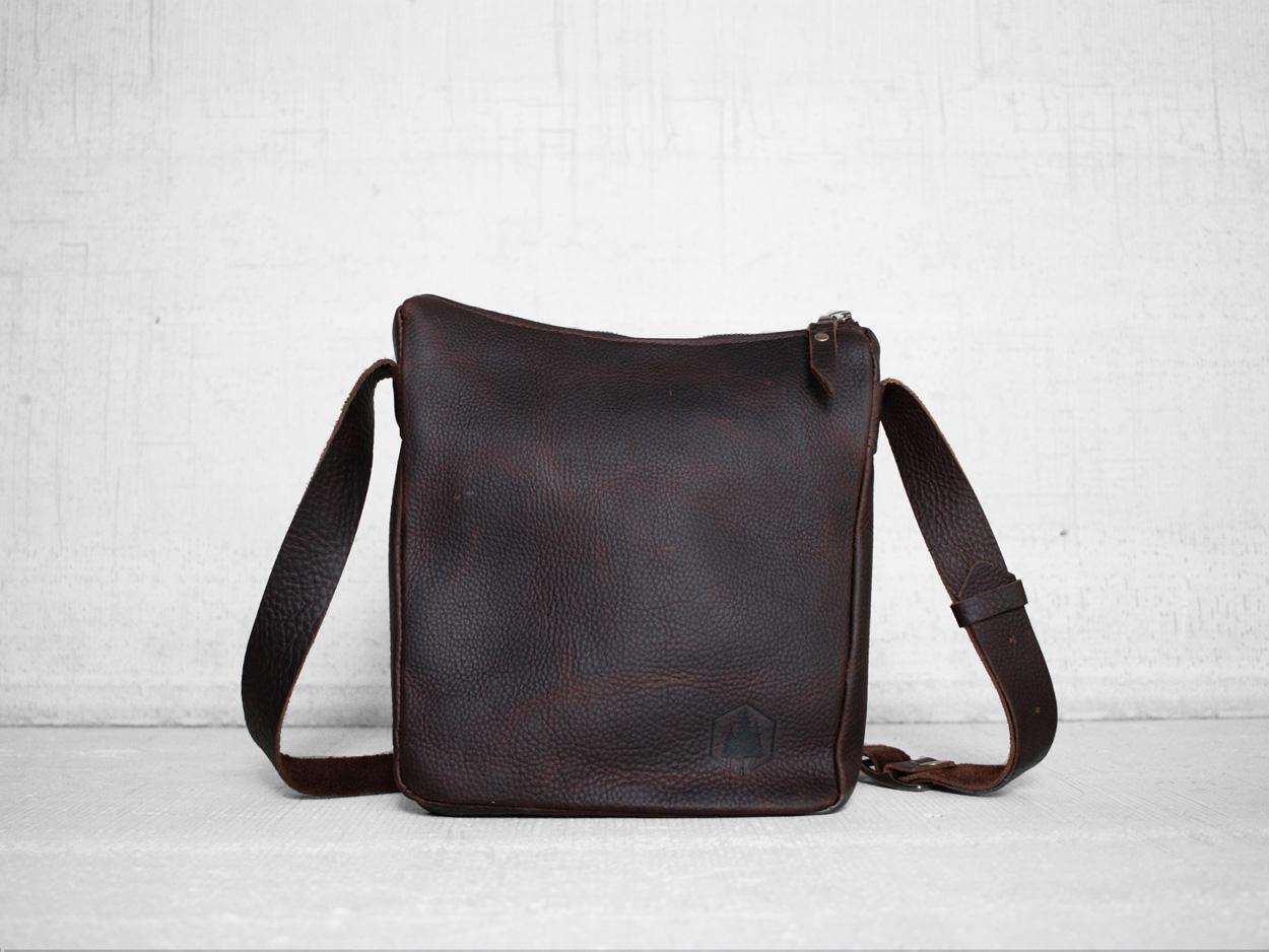 Uphill Designs - Logan leather satchel - bordeaux - front