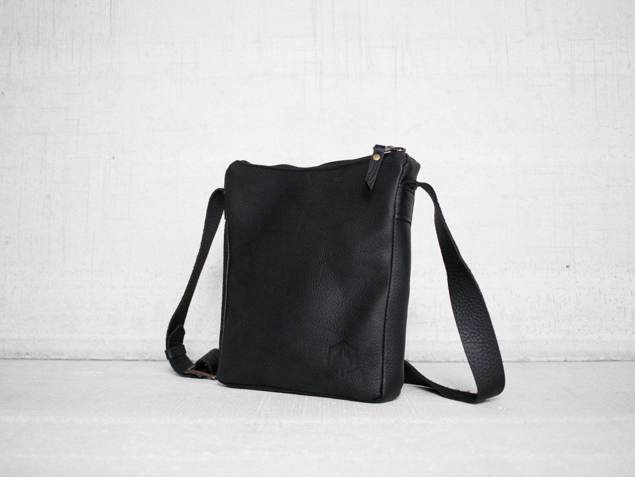 Uphill Designs - Logan leather satchel - sable - side