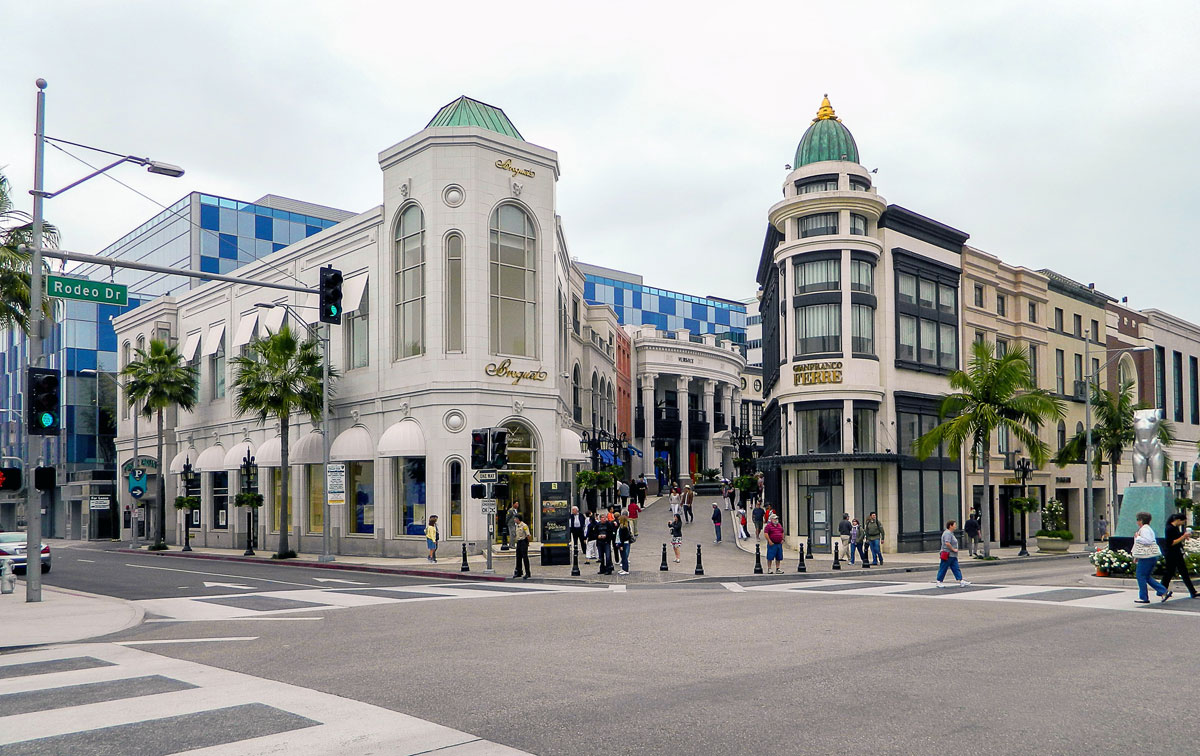 angled shot of rodeo drive