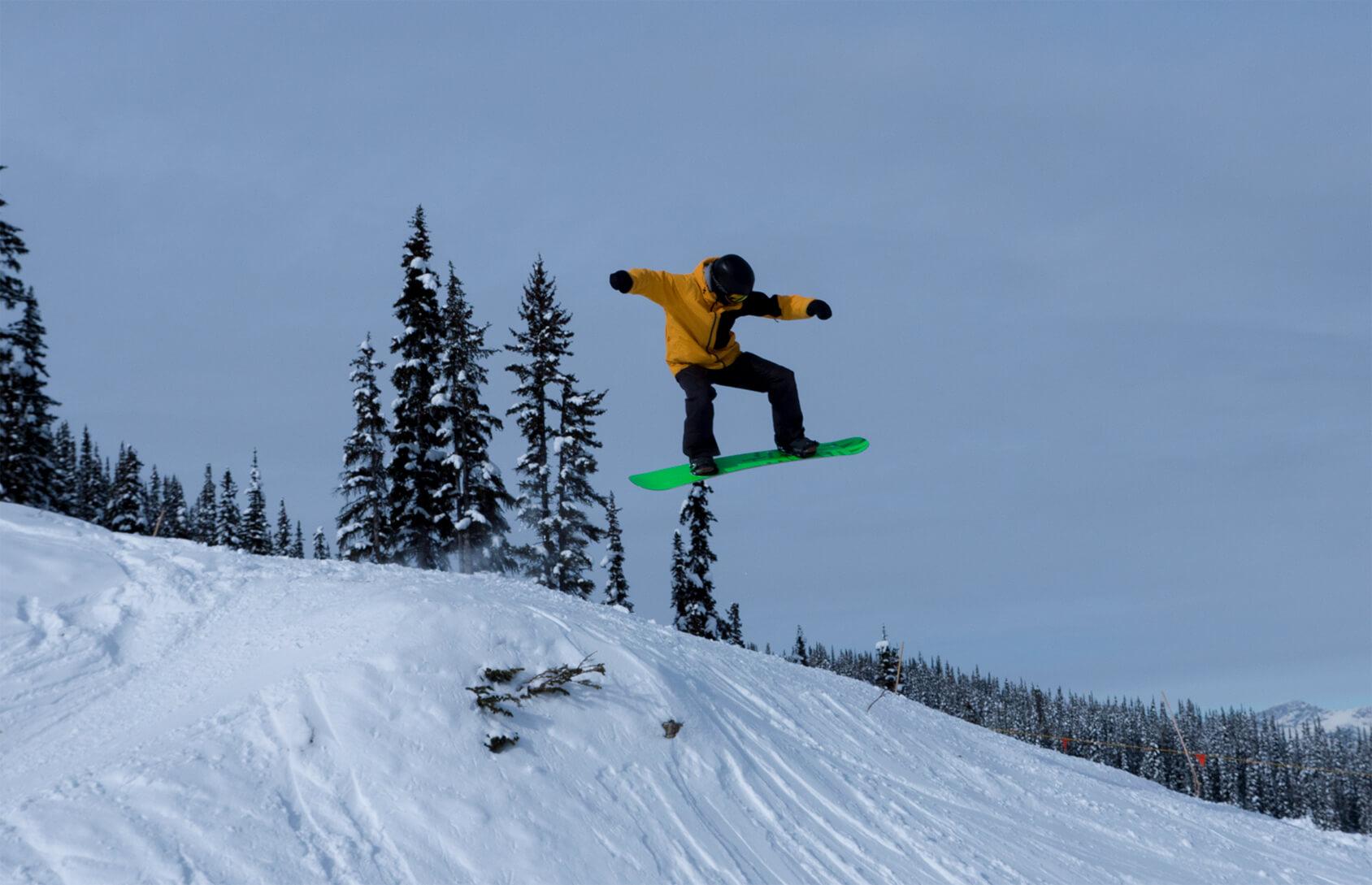 Snowboarding in Powder