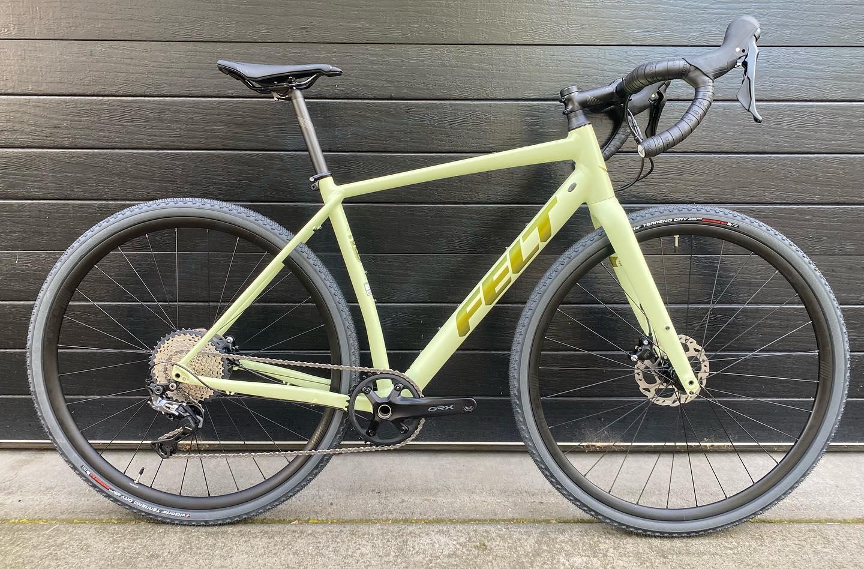 Felt Breed 30 Gravel Bike