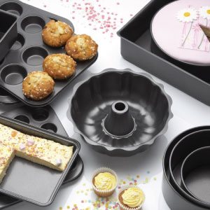 photo of kitchen bakeware