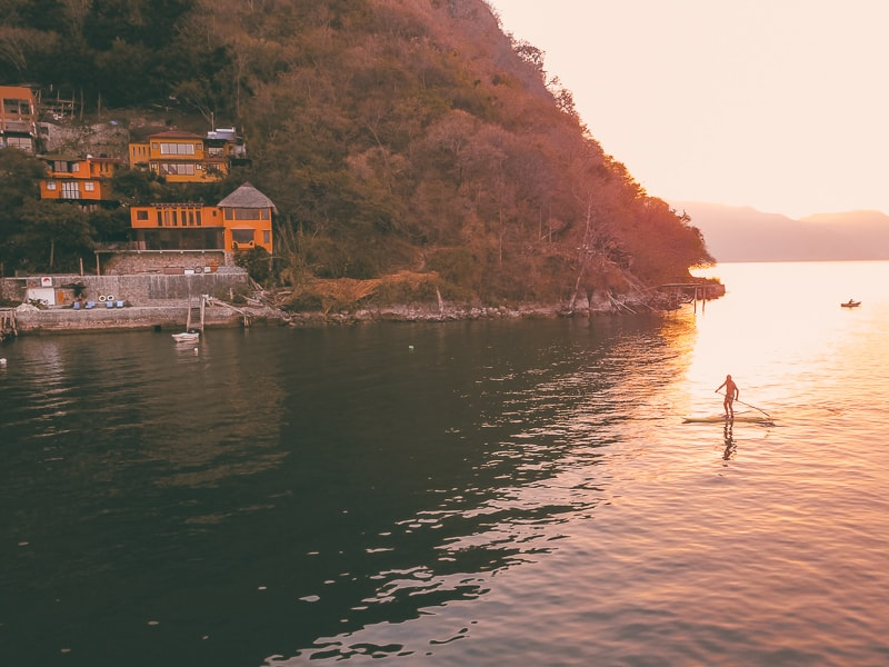 lake atitlan paddle boarding