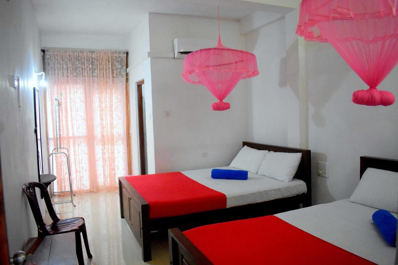 Lion rest hotel in Anuradhapura
