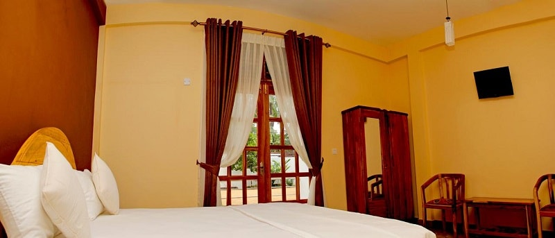 Rooms at Bluewater Beach Resort