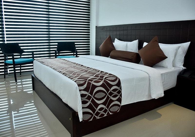 Rooms at Skandig Beach Resort