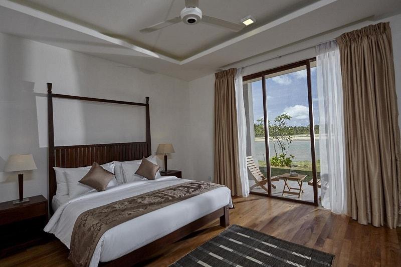 Rooms at Amaranthe Bay Resort & Spa
