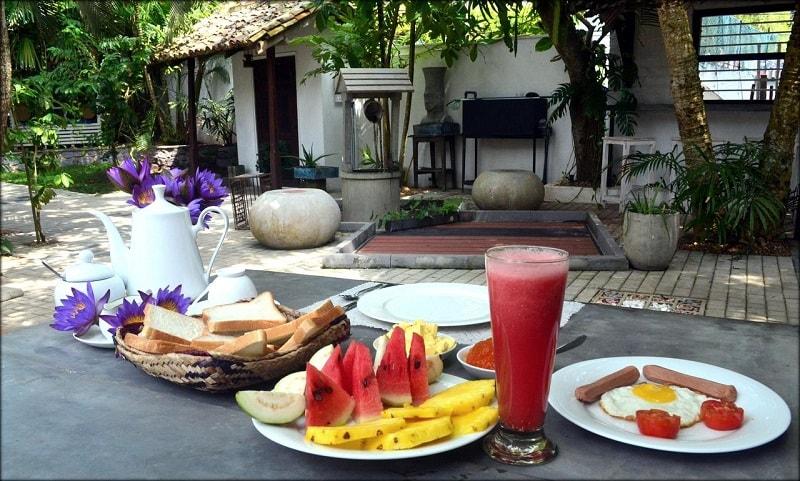 Breakfast at Glamour Mirissa