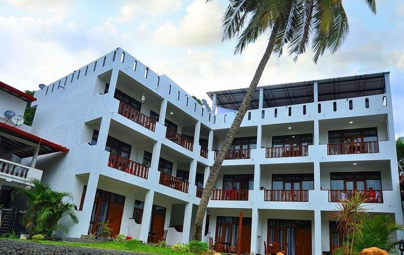 Randiya Sea View Hotel 5 Star in Mirissa