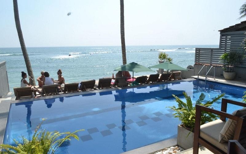 Pool at Seaworld Resort