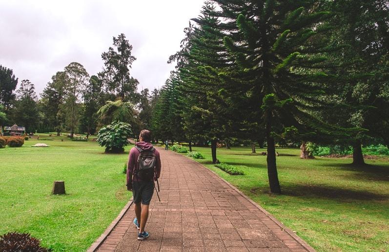 Walking in Victoria Park, Nuwara Eliya