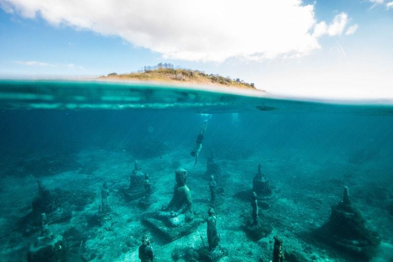 snorkelling in bali