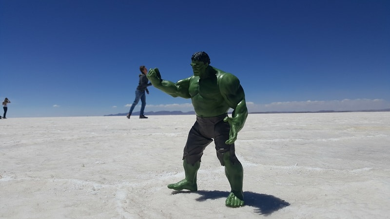hulk fighting salar de utuni