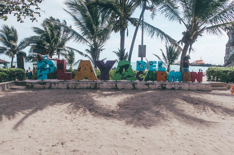 playa del carmen sign