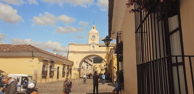 famous arch in antigua