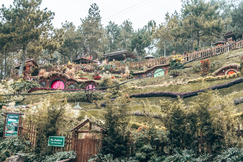 hobbit houses malang