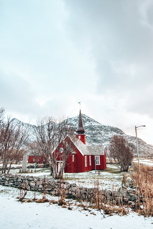 flakstad church