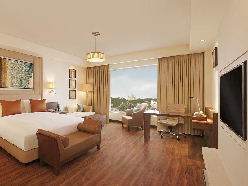 DoubleTree By Hilton In Agra near the Taj Mahal