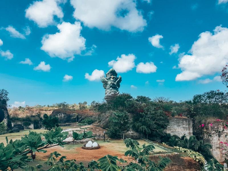famous temple in uluwaru