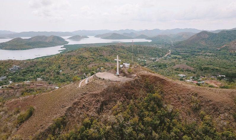 Mount Tapyas drone shot