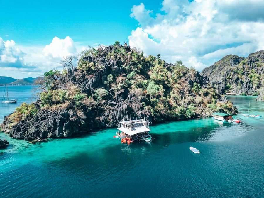 paolyn houseboat in coron