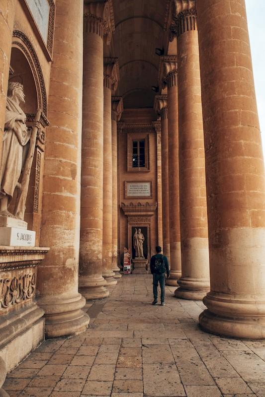visit mosta dome in malta