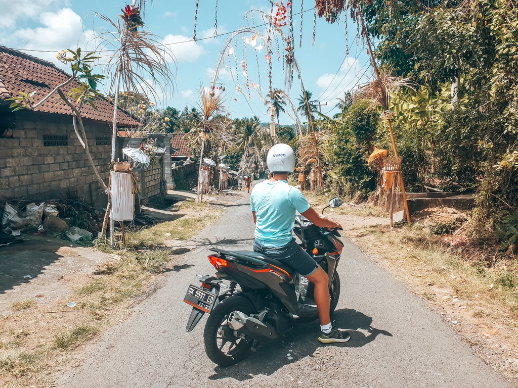 road tripping bali