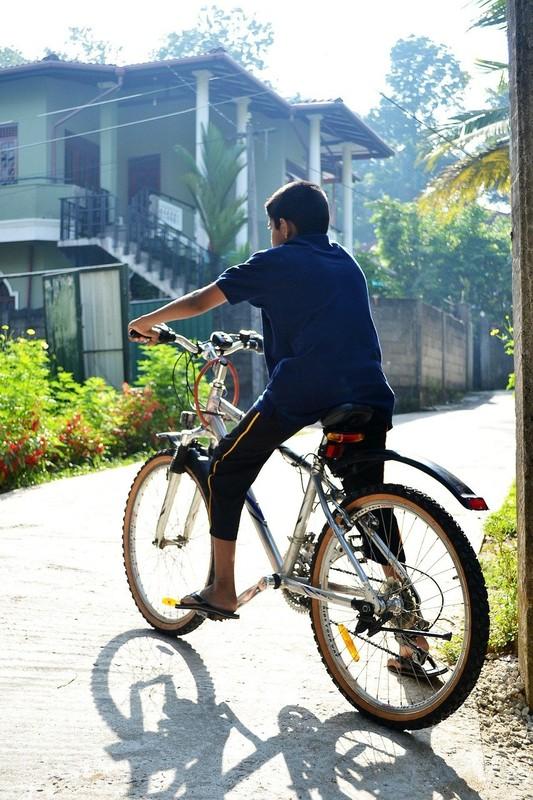 bicycle ride in nuwara elyia
