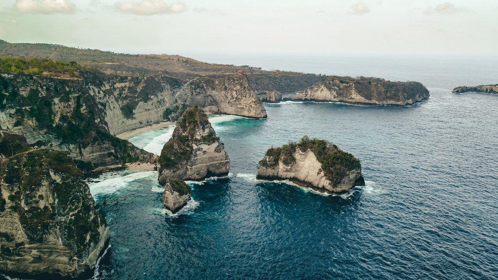 nusa pendia island