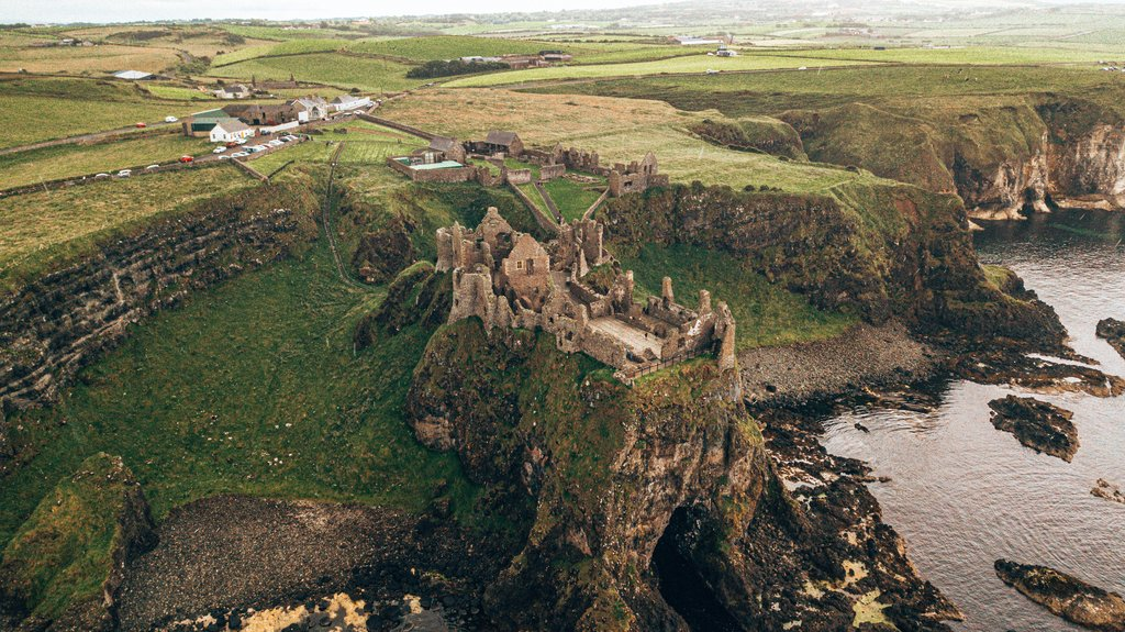 dunluce castle ireland
